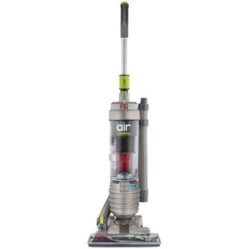 8. Hoover Windtunnel Air Bagless, Lightweight Vacuum, UH70400