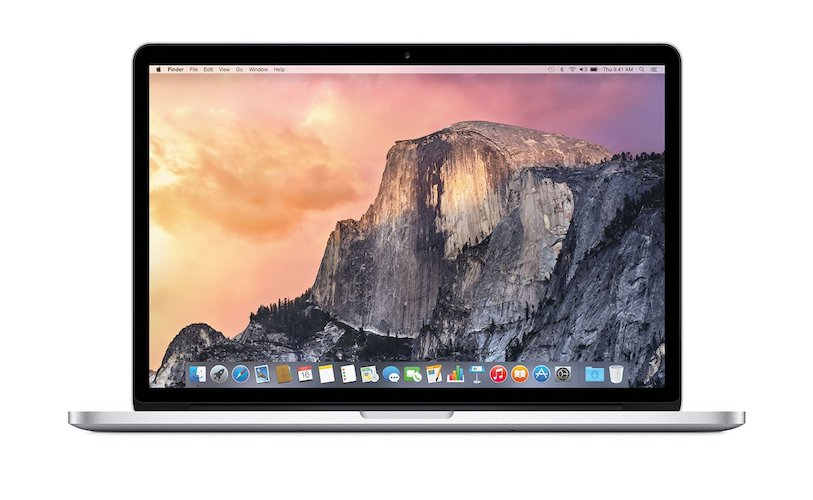 1. Apple Macbook Pro MJLQ2LL/A 15-inch Laptop (2.2 GHz Intel Core i7 Processor, 16GB RAM, 256 GB SSD, Mac OS X)