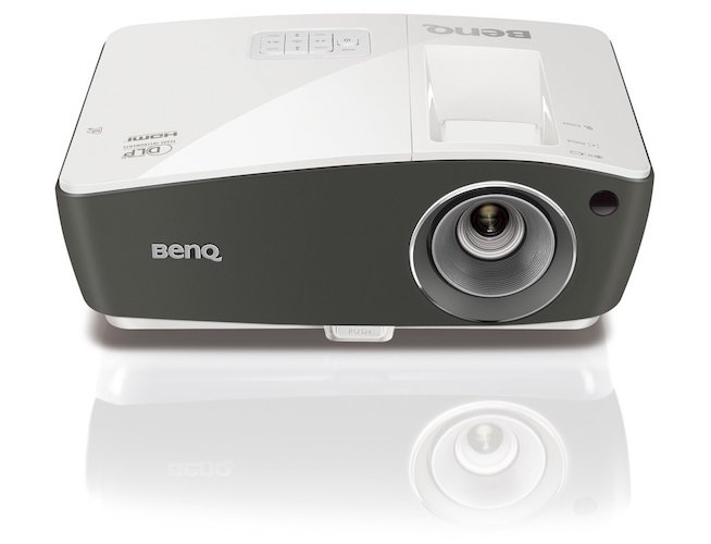 10. BenQ DLP HD 1080p Projector (TH670) - 3D Home Theater Projector