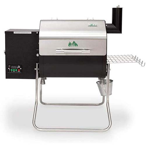4. Green Mountain Grills Davy Crockett WiFi Controlled Portable Wood Pellet Grill – DCWF