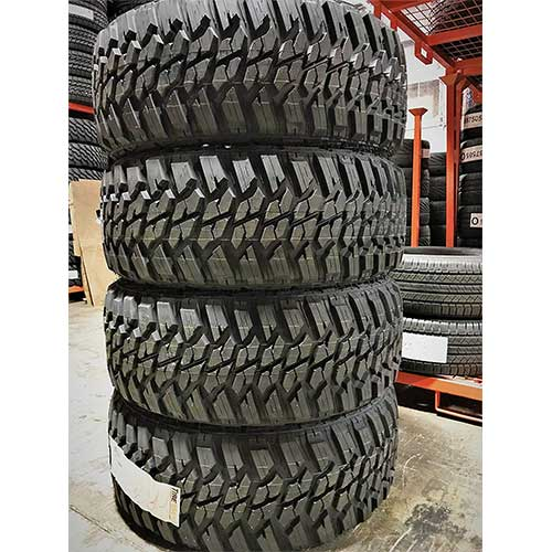 4. Set of 4 (FOUR) Kanati Mud Hog M/T Mud-Terrain Radial Tires-LT275/65R18 123/120Q LRE 10-Ply