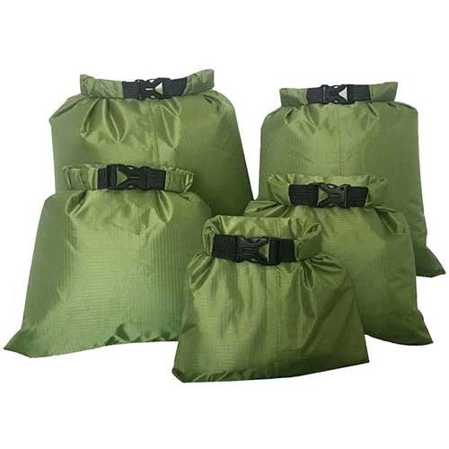 6. Fantye 5 Pack Waterproof Dry Sacks, Lightweight Outdoor Dry Bags Ultimate Dry Bags